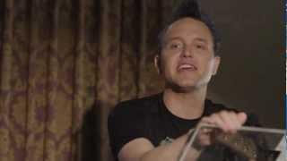 Bassists Look Too Bored With <b>Mark Hoppus</b>