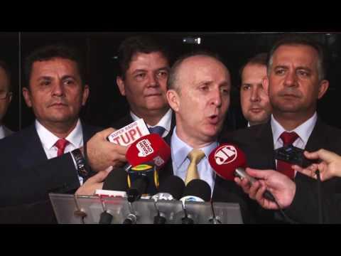 CNM e ILB do Senado assinam protocolo de intenções