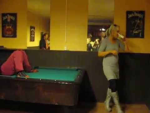 """Johanna Tukiaisen """"keikka"""" osa 2 – häpiällinen video leviää kulovalkean lailla"""