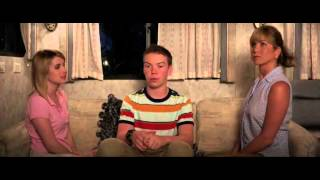 Nonton We Re The Millers Kissing Scene Film Subtitle Indonesia Streaming Movie Download