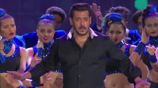 Video IIFA Awards 2018  Salman Varun's judwaa performance MP3, 3GP, MP4, WEBM, AVI, FLV Januari 2019