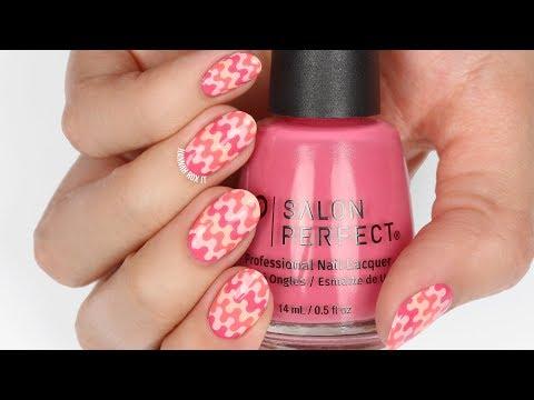 Nail salon - Retro Print Nails + Salon Perfect Peaches & Creme's Swatches!