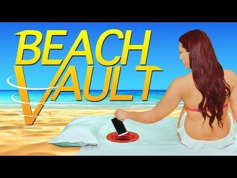 他把「沒人懂能幹嘛」的紅色東西轉進沙灘底下,接著下一個動作就讓大家以後去沙灘都會帶著它!