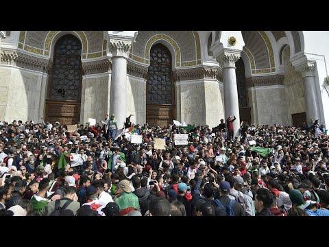 Algerien: Proteste gegen die 5. Amtszeit Bouteflikas  ...