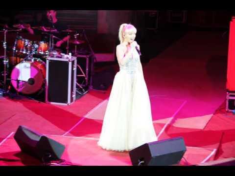 Фото: Концерт Валерии в Гомеле_02