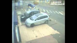 Villeneuve-Saint-Georges France  City pictures : Accident PL vs VL à Villeneuve St Georges sur N6