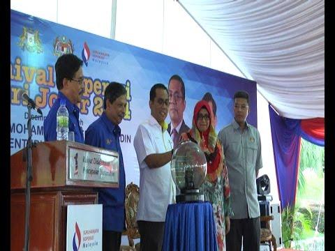 Majlis Perasmian Karnival Koperasi Negeri Johor 2014