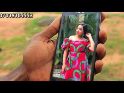 Kalli Barayin Waya Yaga Hoton Rahama Sadau A Ciki Yadawo da Wayar Video 201i