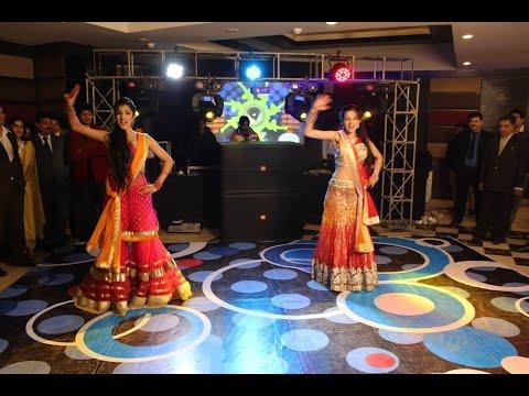 Jab Mehendi Lag Lag Jaave - Singh Saab The Great    dance.is.boundless