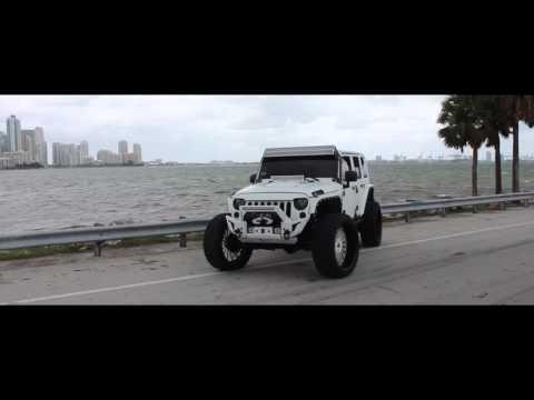 MC Customs | Jeep Wrangler • Vellano Wheels