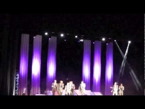 Straight No Chaser: I'm Yours/Somewhere Over The Rainbow - Portland, Oregon, 11/27/2012