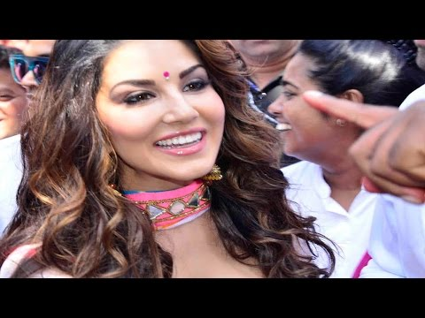 Sunny Leone, Ganesh Acharya & More Celebs At Zoom Holi