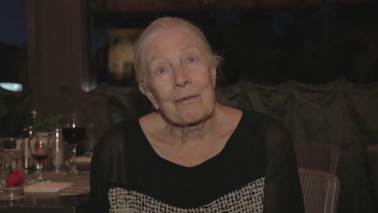 Η Βανέσα Ρεντγκρέιβ καλεί στην προβολή του Sea Sorrow