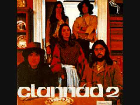 Tekst piosenki Clannad - Chuaigh Mé 'Na Rosann po polsku