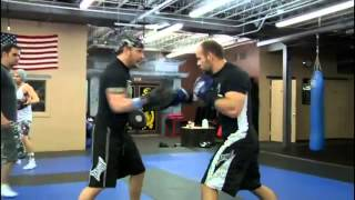 Nonton Tom Hardy's mma workout for Warrior Film Subtitle Indonesia Streaming Movie Download