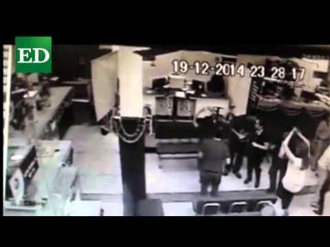 Filtran video de fiesta en oficinas de Migración