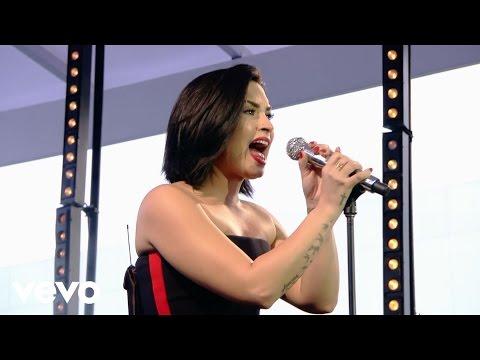 Demi Lovato - Skyscraper (Demi Live in Brazil)