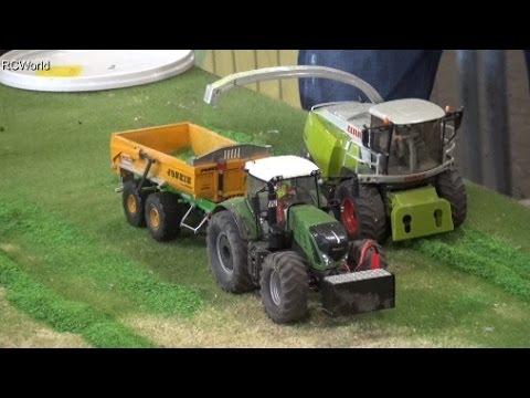 RC Siku Tractors at work Traktoren Landwirtschaft ♦ Erlebniswelt Modellbau Kassel 2016