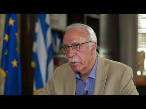 Δημήτρης Βίτσας: «Στόχος να μειωθούν στο μισό οι πρόσφυγες στη Μόρια»…