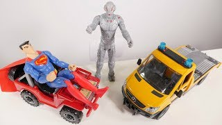 Toy cars videos & Superman videos ✊ with toy cars 🚗 toy trucks 🚚 and Superman toys on #toyschannel. Superman's toy car is broken down by Ultron, it needs to be repaired. Tow truck for kids delivers toy car to a toy car repair shop. Play with trucks toys, toy cars and Superman toys on #TToyZZ channel for kids!Find us in VK https://vk.com/kidsfirsttvFacebook https://www.facebook.com/KidsFirstTVand https://www.facebook.com/KapukiKanukiWelcome to the #ttoyzz channel! Play with #toysforboys and #toysforgirls. Watch #toyschannel with differents toys: #tayolittlebus toys, #legotoys and other toys for boys and girls.Subscribe here https://www.youtube.com/c/TToyzz and play with toys!Tayo the little bus English cartoon for kids and find Tayo English stories here https://www.youtube.com/watch?v=AecrvXLwZJc&list=PLcydIP1OHtnyY9-qObw5Y-i64bkOlovli