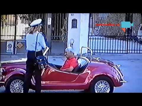 Siniční kontrola policistkou v Itálii