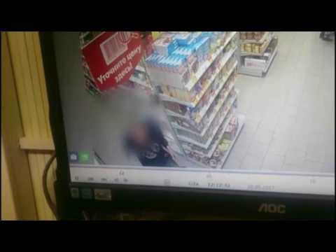 Кражу колбасы из магазина раскрыли  по «горячим следам» калужские полицейские - DomaVideo.Ru