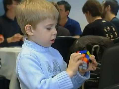Five year old Rubik's Cube champion Video