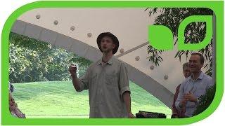 Herr Wächter als Showmaster (Forum Obst und Gehölze)