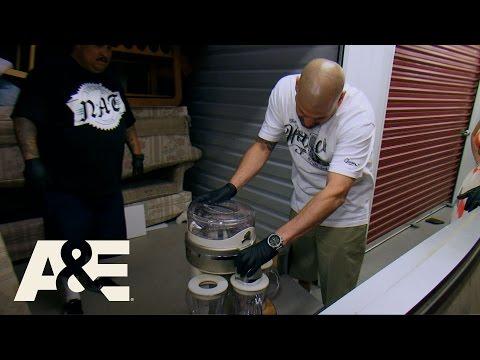 Storage Wars: Brandi's Free Margaritas (Season 8, Episode 16) | A&E