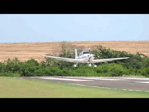 SSHN: Pouso (Landing) Cirrus SR22S PP-CIB em Iguaraçu (SSHN).