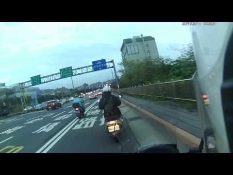 台北市承德路六段汽機車車禍