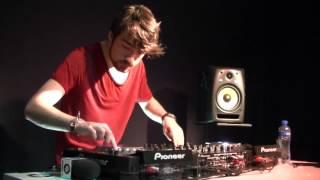 Oliver Heldens live @ Spinnin Records HQ
