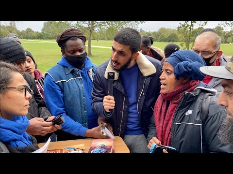 """SPEAKERS CORNER  BRAVE CHRISTIAN LADY EXPOSES HATUN """"GET OF MY TABLE""""!"""