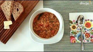 Soupe épicée aux lentilles et aux épinards