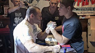 Video 16 YEARS OLD ARM WRESTLING CHAMPION MP3, 3GP, MP4, WEBM, AVI, FLV Juni 2019