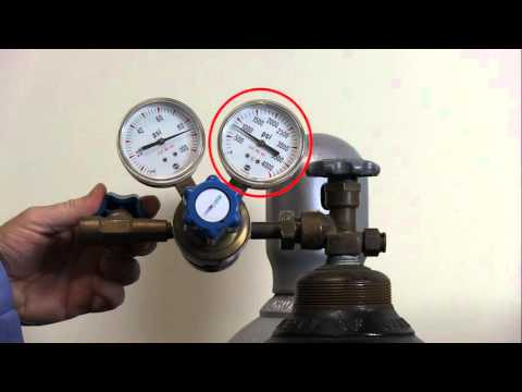 Installation - This short video shows the steps a lab worker should take to safely attach a regulator to a compressed gas cylinder.