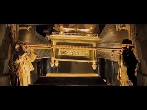 Raiders of the Lost Ark (1981) Scene: Uncovering the Ark.