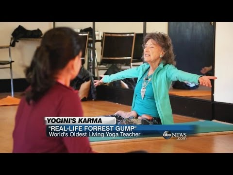 """World's Oldest Yoga Instructor is a """"Real-Life Forrest Gump!"""" 