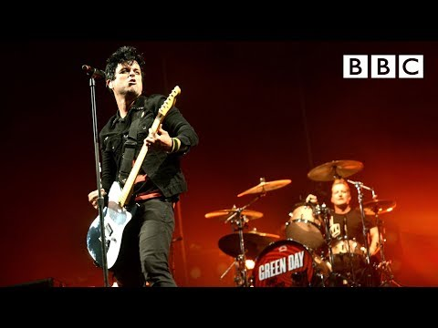 Green Day - Boulevard of Broken Dreams at Reading Festival 2013 (видео)