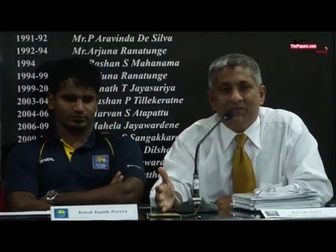 Jayasuriya, Murali honoured by President Rajapaksa