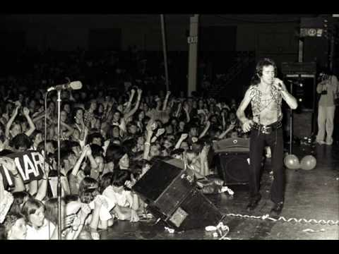 AC/DC Rare Songs – Crabsody in Blue