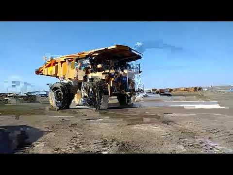 CATERPILLAR OFF HIGHWAY TRUCKS 793D equipment video uQ4Xt7psEUk