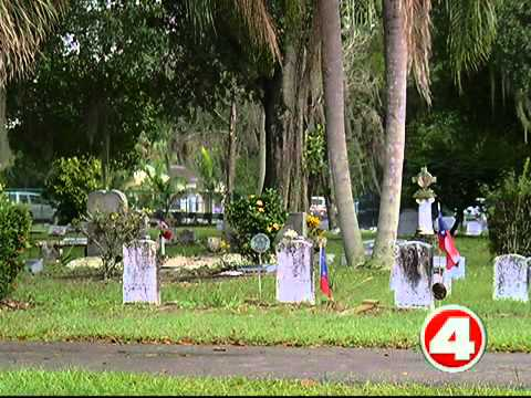Fort Myers cemetery can't find man's gravesite