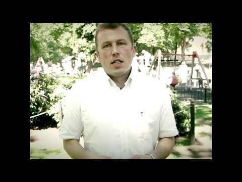 """Sarunu festivālā """"Lampa"""" Nils Sakss Konstantinovs aicina uz sarunu par ņirgāšanos skolā un interneta vidē"""
