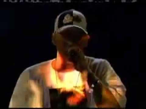 EMINEM MOCKINGBIRD & ASS LIKE THAT LIVE MTV AWARDS (видео)
