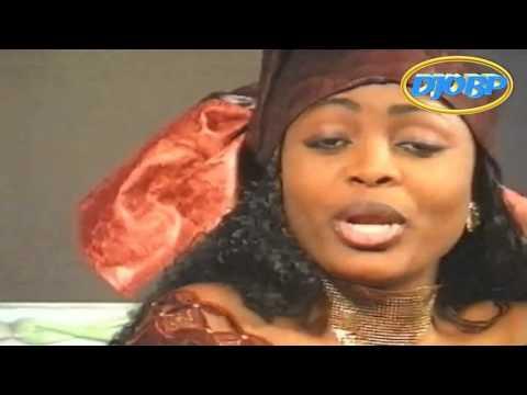 CHARLES MOMBAYA feat MARIE MISAMU TITRE BULA NTULU YA NINI DJO mp4 (видео)