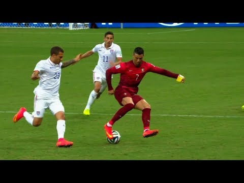 20 Humiliating Skill Moves by Cristiano Ronaldo