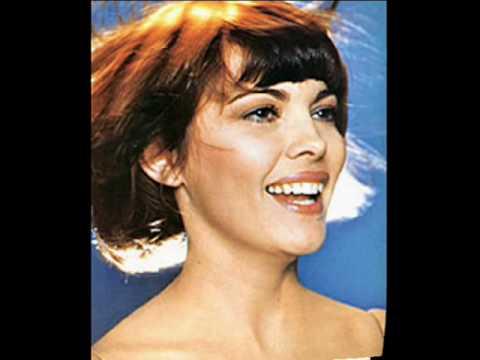 Tekst piosenki Mireille Mathieu - À Blue Bayou po polsku