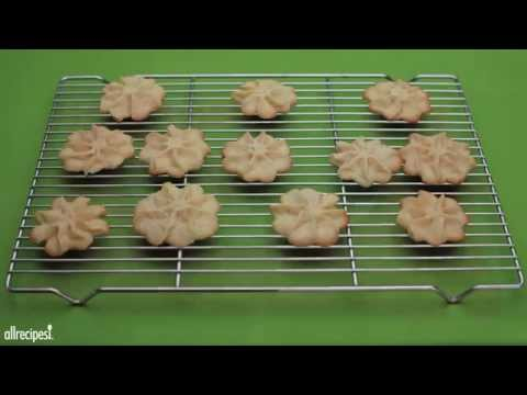 Christmas Cookie Recipes – How to Make Butter Snowflakes