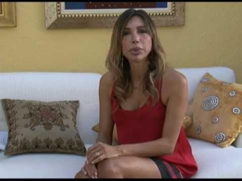 Maura Roth entrevista a publicitária, apresentadora e escritora Juliana Carvalho